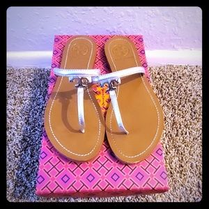 Tory Burch Logo Metallic Thongs